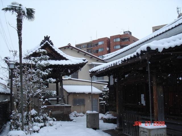 雪の御堂2